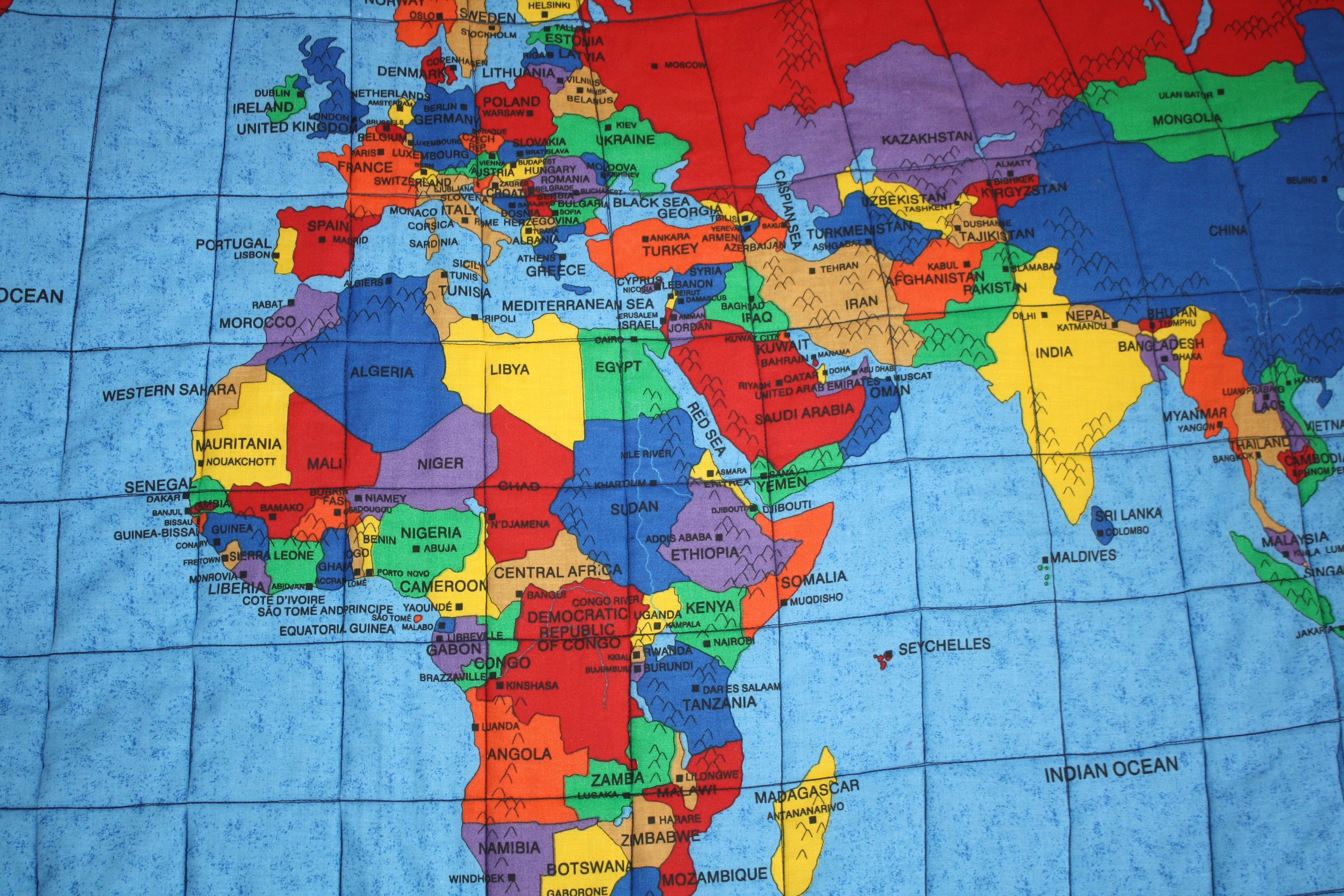 Quilted Learning - Easy to read world map